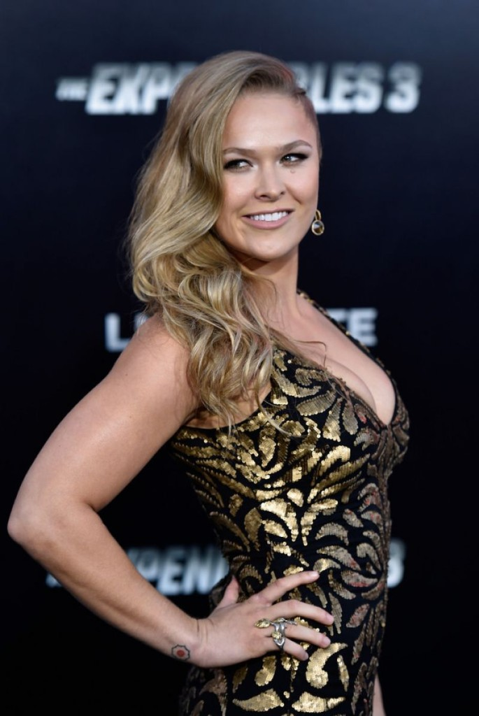 ronda-rousey-the-expendables-3-premiere-in-hollywood_3